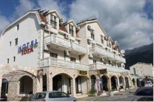 15-hotel-loza-03